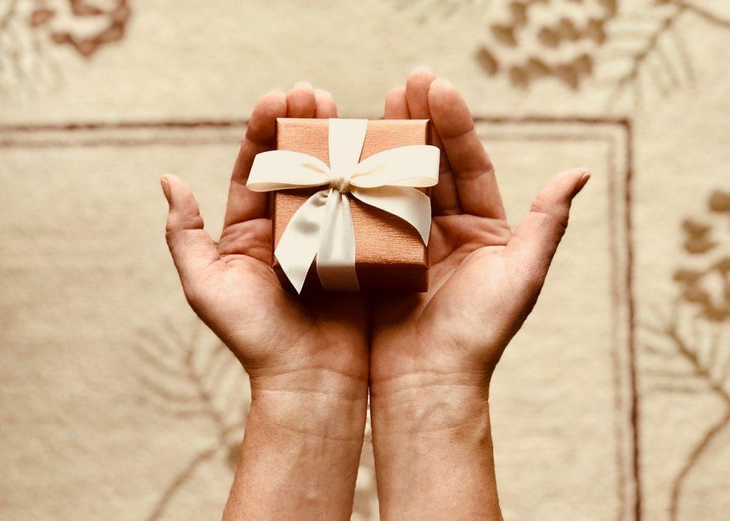 Vorsicht bei Geschenken