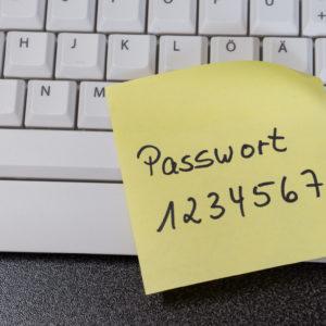 Passwort auf Post-it